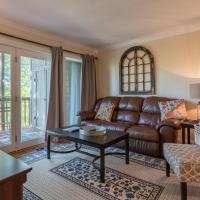 The Cozy Nest condo, hotel in Branson West