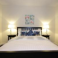 Signature Holiday Homes- Luxurious 2 Bedroom Apartment DIFC, Dubai