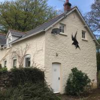 Peaceful cottage, close to coast & moor