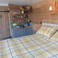 'New' Crown Cabin hidden Wiltshire retreat for 2