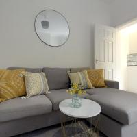Craners House - Elegant 3 Bed Home Near City Centre by RocketBnB