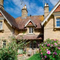Monument Cottage, hotel in Kingham