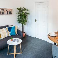 Ranby House - Cosy 2 Bed Home With Free Parking & Netflix by RocketBnB