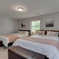 Stylish 3BR 3BA Colonial House by CozySuites
