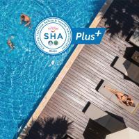 Baan Laimai Beach Resort & Spa (SHA Plus+), отель в Патонг-Бич