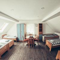 Apartment and rooms Maraton