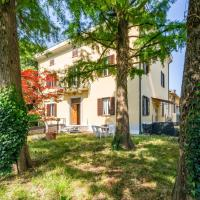 Wonderful Villa in the Countryside with Private Garden, hotell i Parma