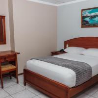 Royal Hotel, hotel em Machala