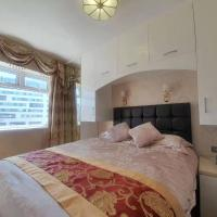 Luxury Entire Flat 1, Central City Centre, Newly Refurbished