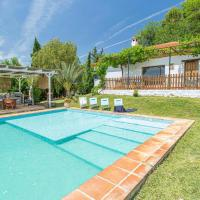 Awesome home in Sevilla with Outdoor swimming pool and 4 Bedrooms