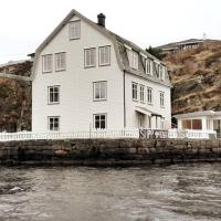 Seaside apartment in unique location