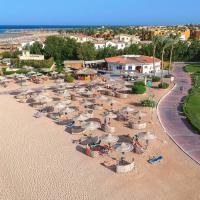 Cleopatra Luxury Resort Makadi Bay (Adults Only), hotel in Hurghada
