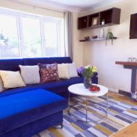 Entire 3 Bedroom Bungalow with Garden & Parking