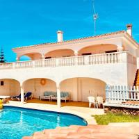 Impresionante villa a escasa distancia de la playa
