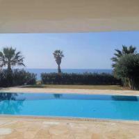看得见风景的家luxury home Mosifilo1, hotel in Kissonerga