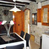 4 floor village house, hotel in Arboli