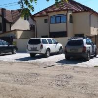 Vila Petru, hotel near Mihail Kogălniceanu International Airport - CND, Lumina