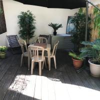 Montmartre studio avec terrasse