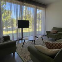 Lux Sea Apartment, hotel near Kuressaare Airport - URE, Kuressaare