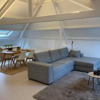 Moderne loft in historisch pand, hotel in Ghent