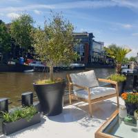 Luxurious 110m² 3br Houseboat in Amsterdam Centre!