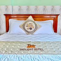 DAYLIGHT Hotel, hotel in Quy Nhon
