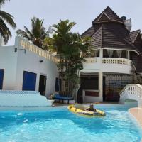Room in Guest room - Kivuli villas we are located in Diani opposite Lantana hotel we charge per room, hotel in Galu