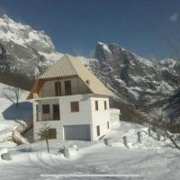 Alpbes Theth Guesthouse