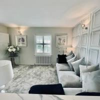"""Cotswold Chic Retreats """"Cloud Nine"""" in the Heart of Chipping Campden"""
