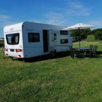 Mietwohnwagen auf dem Campingplatz Westerkoog bei Büsum