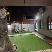 Welcome Estate Air B&B Hosting, hotel dicht bij: Internationale luchthaven Kaapstad - CPT, Kaapstad