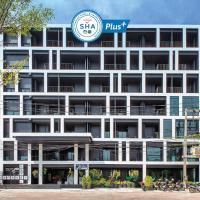 Blu Monkey Hub and Hotel Phuket - SHA Plus, hotel in Phuket