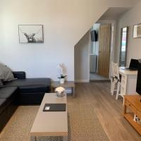 Eclipse Holiday Let 1 bedroom Apartment Ground Floor, hotel in Newmarket