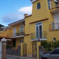 Albergo Macrì, hotel in Ischia Porto, Ischia