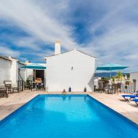 Casa Mundo - 16th century traditional white village house with pool