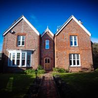 Stunning 6 bedroom Farmhouse in Hellingly