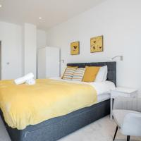 Luxury 2 Bedroom St Albans Apartment - Free WiFi & Parking