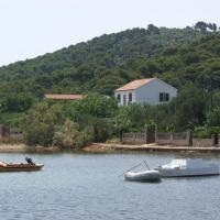 Apartments by the sea Vrgada, Biograd - 4206, hotel in Biograd na Moru