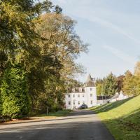Barony Castle Hotel, hotel in Peebles
