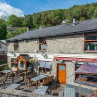 The Gwaelod y Garth Inn