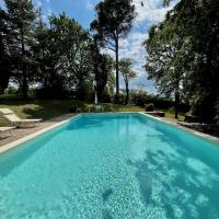 Villa Resta & Dependance, hotell i Castel San Pietro Terme