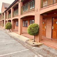 Tollgate Hotel & Leisure, hotel di Stoke on Trent