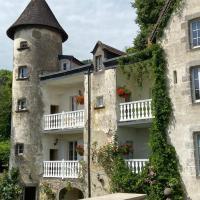Gites Le Vieux Vinzelles, hotel in Volvic