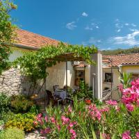 Mediterranean terrace apartment with Bikes & SUP