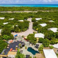 Kokomo Botanical Resort - Caribbean Family Cottages, hotel in Turtle Cove