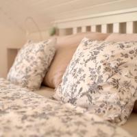 Stunning 6-Bed Villa in Etoy