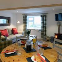 The Cwtch - Luxury Cottage, Sea Views, Pet Friendly