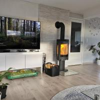 Odderhei, spacious & family friendly house, sunny veranda