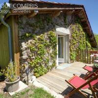 Appartement Saint-Priest-la-Prugne, 1 pièce, 2 personnes - FR-1-496-224, hotel in Saint-Priest-la-Prugne