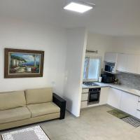 Remodeled apartment in Neve Sha'anan Neighborhood